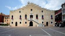Portogruaro, palazzo comunale (foto: Mario Fletzer)