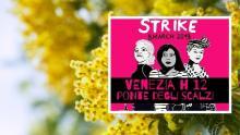 otto marzo sciopero globale a Venezia su sfondo di mimosa