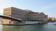 Venezia, Palazzo Grandi Stazioni (Google maps, 2016)