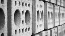 parete di mattoni forati (by pixabay.com)