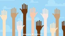 mani alzate di diversi colori (da www.freepik.com)