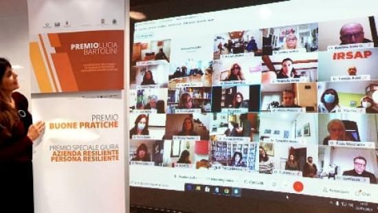 Silvia Cavallarin durante la videoconferenza per il Premio Lucia Bartolini