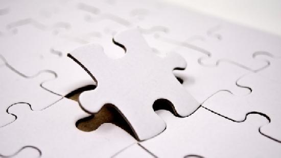 elemento che si distacca da un puzzle (da pixabay.com)